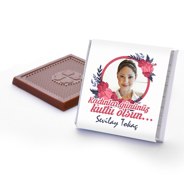 Resimli ve Mesajlı Kadınlar Günü Çikolatası