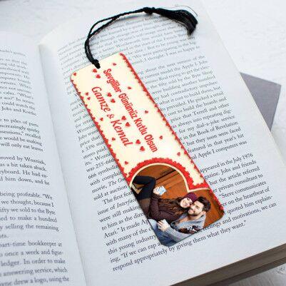 - Romantik Aşıklara Özel Kitap Ayracı