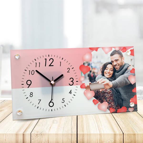 Romantik Sevgililere Özel Cam Masa Saati
