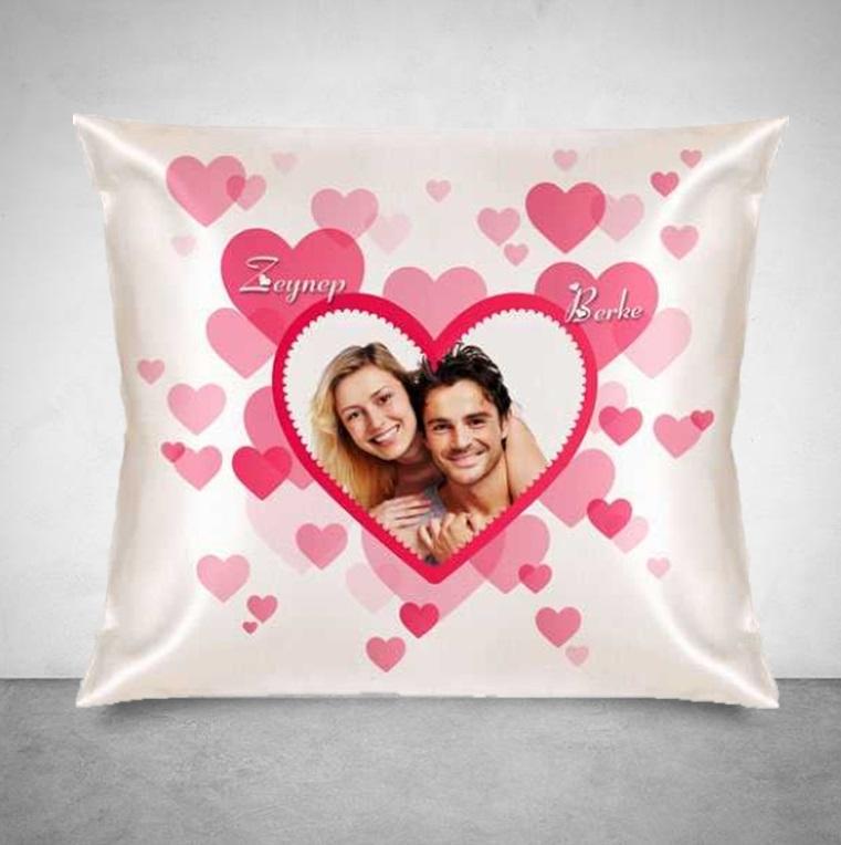 Romantik Pembe Kalpler Kare Yastık