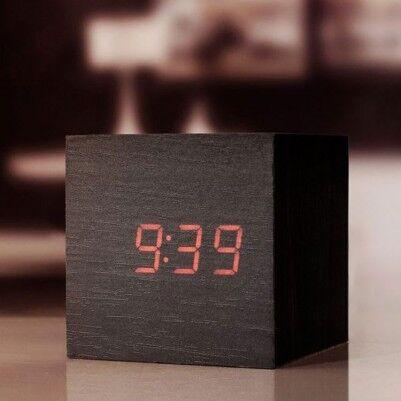 Sese Duyarlı Alarm Ahşap Küp Saat - Thumbnail