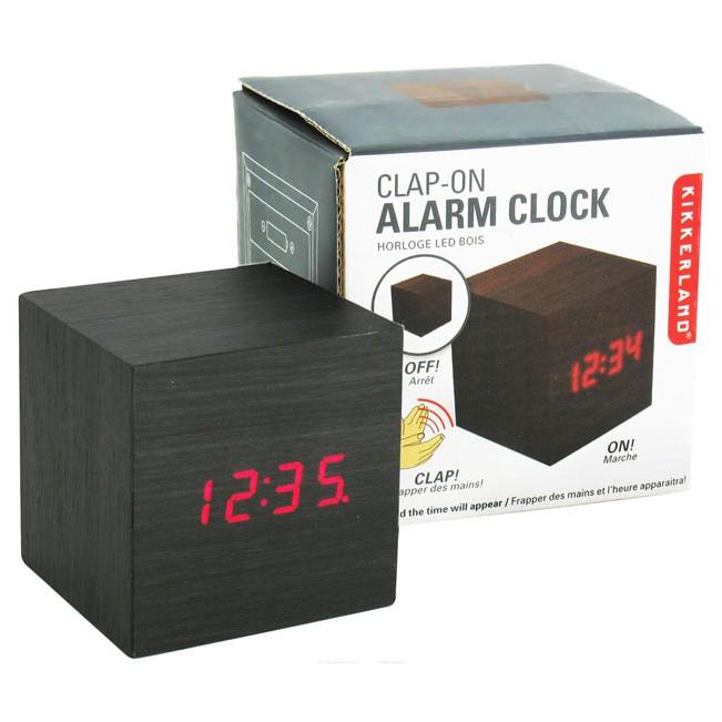 Sese Duyarlı Alarm Ahşap Küp Saat