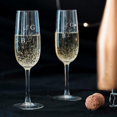 - Sevgililer Günü Hediyesi 2'li Şampanya Kadehi