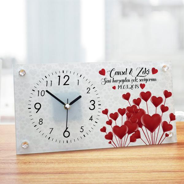 Sevgililer Günü Temalı İsme Özel Masa Saati