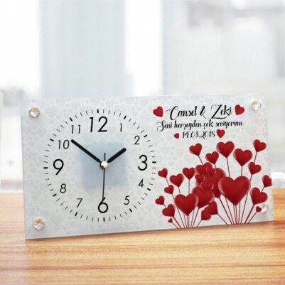 - Sevgililer Günü Temalı İsme Özel Masa Saati