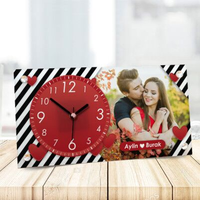 - Sevgililer Gününe Özel Cam Masa Saati