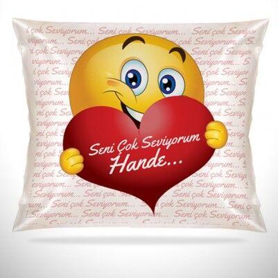 - Sevgililere Özel Aşık Emoji Yastık