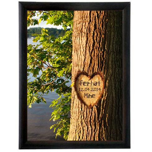 Aşkını Ağaçlara Kazıdım Çerçeve
