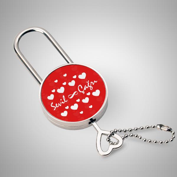Sevgililere Özel Kalp Desenli Metal Kilit
