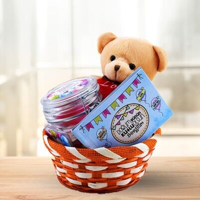 - Sevgiliye Doğum Gününe Özel Hediye Sepeti