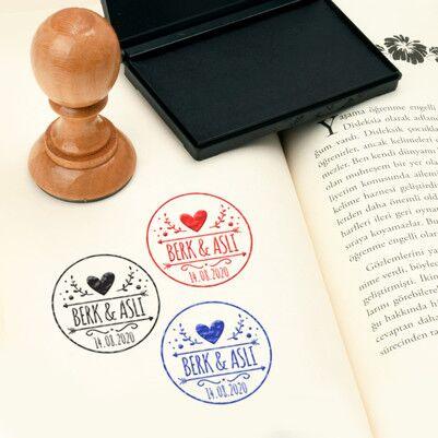 Sevgiliye Hediye İsimli Kitap Mührü - Thumbnail