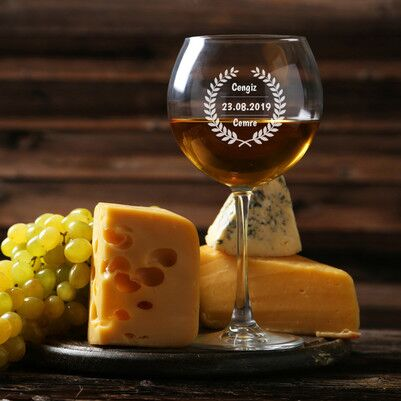 - Sevgiliye Hediye İsme Özel Şarap Kadehi
