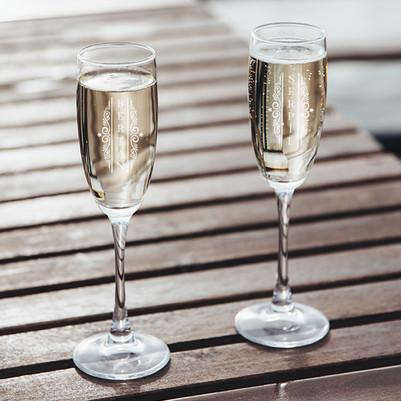 Sevgiliye Yılbaşı Hediyesi 2'li Şampanya Kadehi - Thumbnail