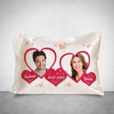 - Sevgiliye Özel Fotoğraflı Romantik Yastık