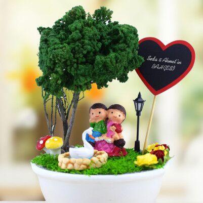 Sevimli Aşıklar Başbaşa Minyatür Bahçe - Thumbnail