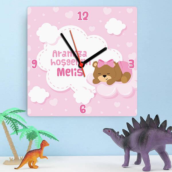 Sevimli Ayıcık Kız Bebek Duvar Saati