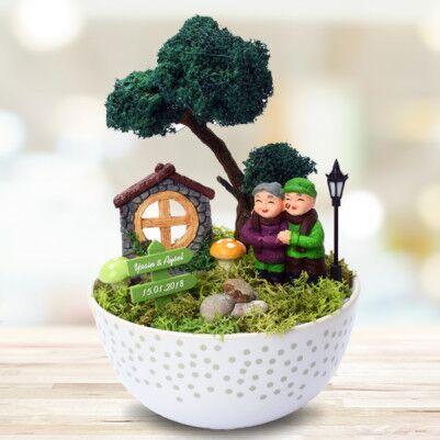 - Sevimli Çiftler İsme Özel Minyatür Bahçe