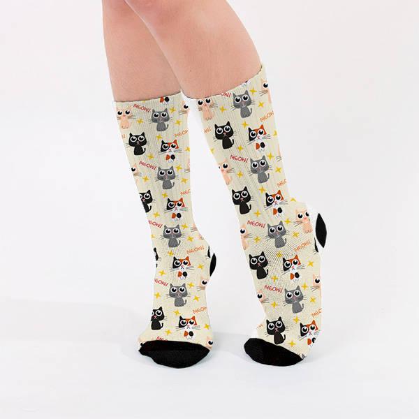 Sevimli Kedicik Tasarımlı Kadın Çorap