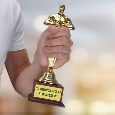 - Sigortacıya Hediye Oscar Ödülü