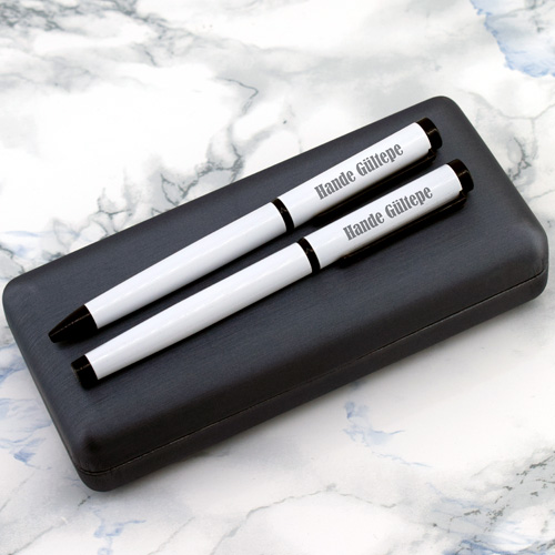 Şık Kutuda İsme Özel 2′li Beyaz Kalem Seti