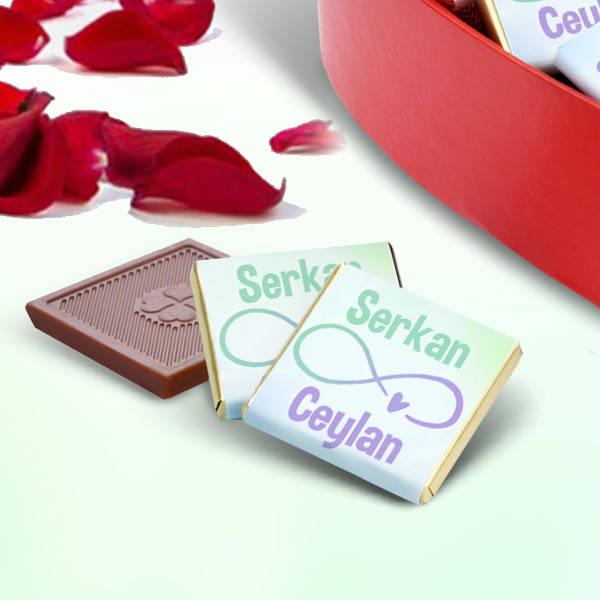 Sonsuza Dek Seninle Kalp Kutuda Çikolatalar