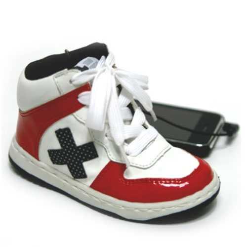 Spor Ayakkabı Şeklinde Hoparlör