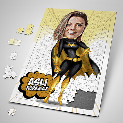 - Süper Kız Karikatürlü Puzzle