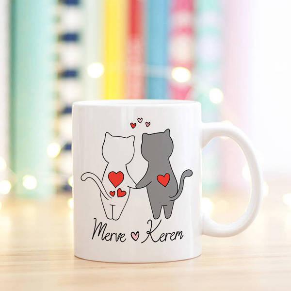Tatliş Kedicikler İsimlere Özel Kupa Bardak