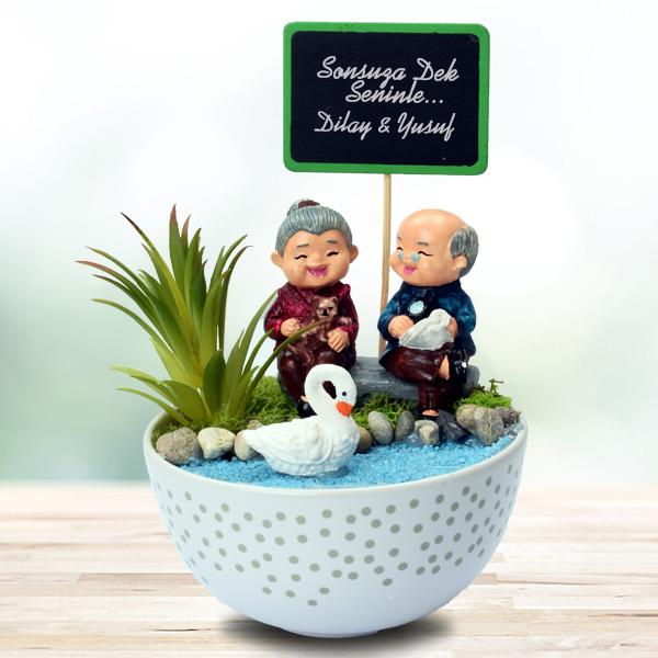 Tontiş Yaşlı Aşıklar Temalı Minyatür Bahçe