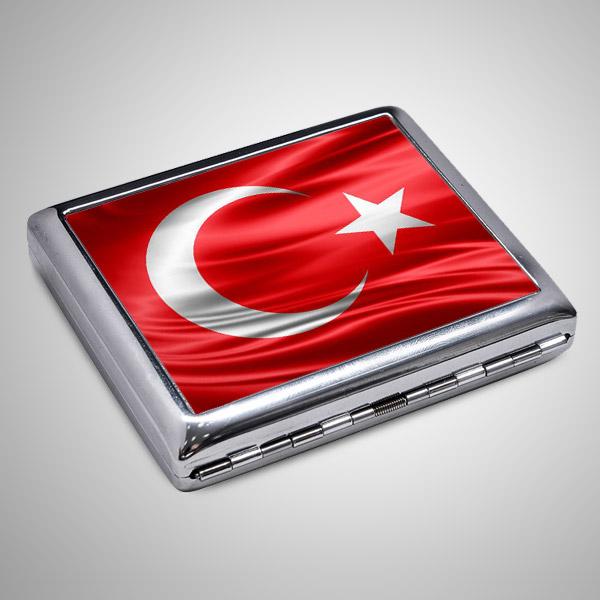 Türk Bayrağı Sigara Tabakası ve Çakmak
