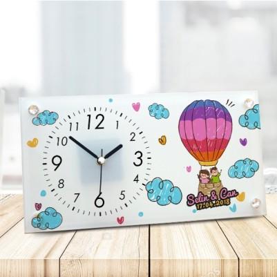 - Uçan Balonlu Sevgililere Özel Cam Masa Saati