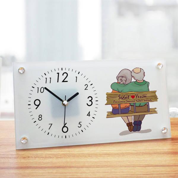 Yaşlı Çiftler Tasarım Cam Masa Saati