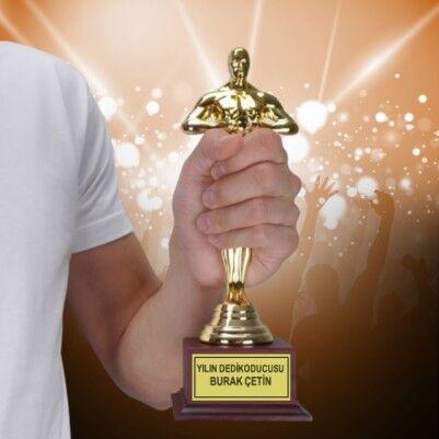 - Yılın Dedikoducusu Oscar Ödülü