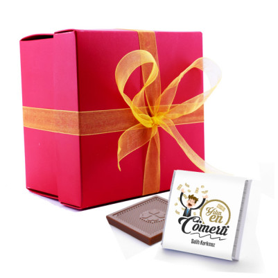 - Yılın En Cömert Kişisi Çikolataları