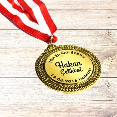 Yılın En İyi Babası Madalyonu - Thumbnail