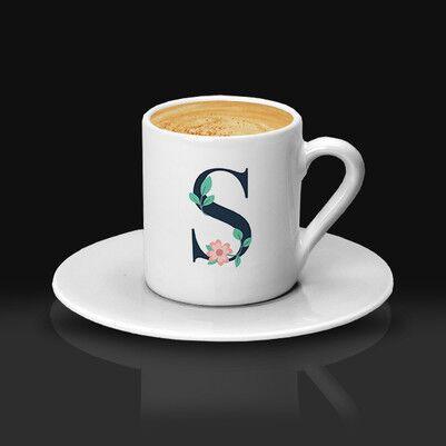 - Zarif Çiçek Desenli Harfli Kahve Fincanı